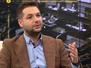 """P. Jaki: Dziennikarz """"Polityki"""", aby we mnie uderzyć posługuje się cytatem wymyślonym przez Sok z Buraka"""