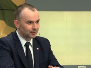 Min. Mucha: Nikt w Polsce nie mówi o jakiejkolwiek dyskryminacji osób homoseksualnych