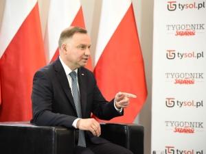"""[video] Jak udało się """"zaprząc"""" prezydenta Trumpa do kampanii? Andrzej Duda dla TS i Tysol.pl"""