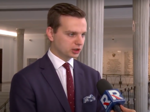 Tusk zaapelował do wyborców Bosaka. Szef koła poselskiego Konfederacjiodpowiada