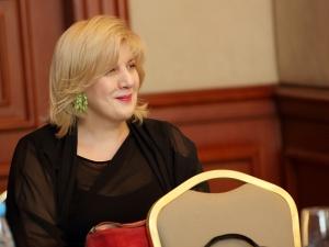 A to ci niespodzianka! Komisarz RE wzywa do uwolnienia agresywnego bojówkarza LGBT