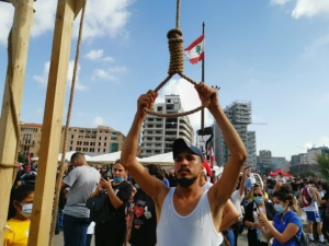 Zamieszki w Bejrucie. Na ulicach stanęły szubienice
