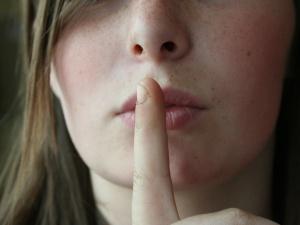 Krysztopa: Nieznośnie ogłuszająca cisza, czyli rasizm truchła III RP