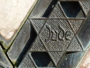 """Antysemityzm w Niemczech. """"Pięć aktów antysemickich dziennie"""""""