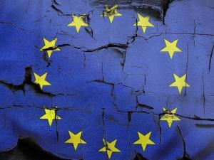 """Sondaż: Zdecydowane """"nie"""" dla wyjścia Polski z Unii Europejskiej"""