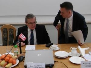 Wicepremier Gliński o reformie finansowania organizacji pozarządowych: Mogą nawet zmarnować te środki