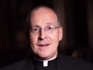Doradca Watykanu:Wierni mogą być zdziwieni, kiedy dotrą do Nieba, a powitają ich ludzie ze środowisk LGBT