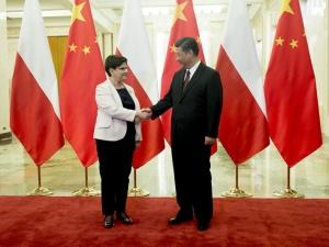 Premier Szydło w Pekinie: Polska wiąże duże oczekiwania z projektem Pasa i [Jedwabnego] Szlaku