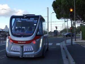 Technologiczna innowacja w Wiedniu. Autobusy bez kierowcy w komunikacji miejskiej
