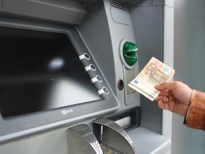 Euro w Polsce? Polacy zdecydowanie nie chcą zmieniać waluty [SONDAŻ]