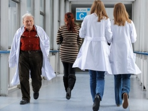Polska na przedostatnim miejscu w rankingu oceniającym poziom służby zdrowia w różnych krajach