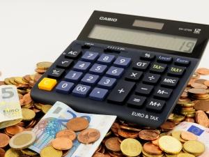 Realistyczny budżet i pomysły na dalsze uszczelnianie podatków
