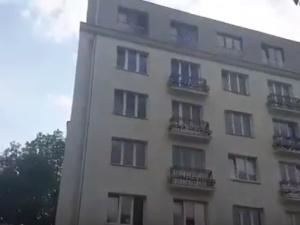[video] Hymn ISIS w... centrum Warszawy. Wezwano policję