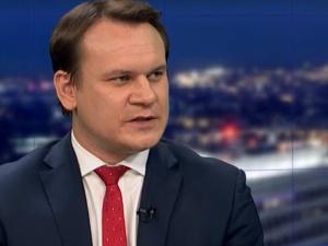 """Dominik Tarczyński: """"Takie rzeczy w wyborczej?! Piekło zamarzło!"""""""