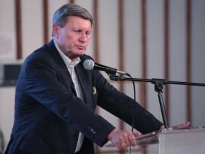 Leszek Balcerowicz krytykuje własność państwową, Kamil Zaradkiewicz odpowiada
