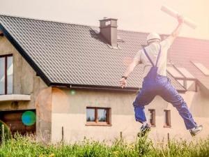 Polski pracownik coraz bardziej zadowolony, a jednak niepewny