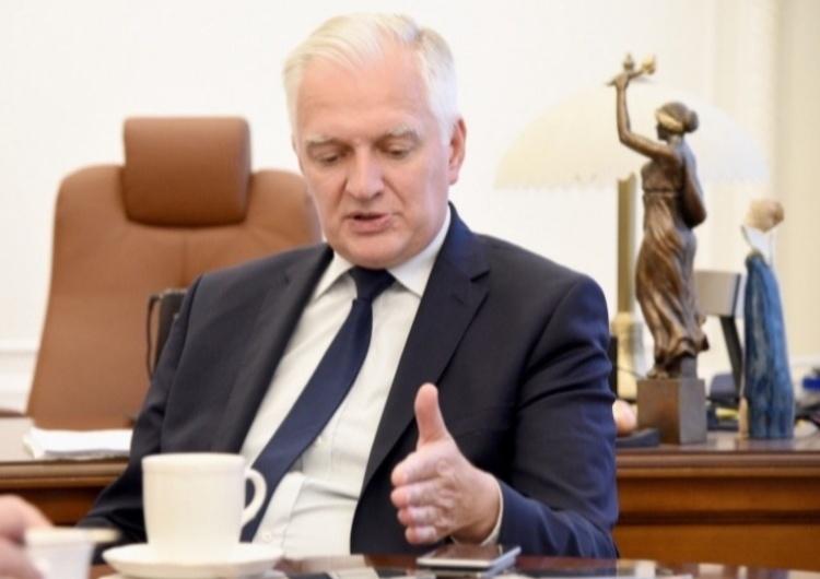 Jarosław Gowin Gowin: Pracujemy nad planem rozwoju gospodarki, bo obecna pomoc ma charakter doraźny