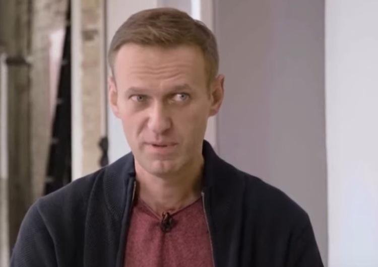 """Aleksiej Nawalny Rosyjska służba podaje oficjalnie: """"Przestępca Nawalny"""" zostanie zatrzymany"""
