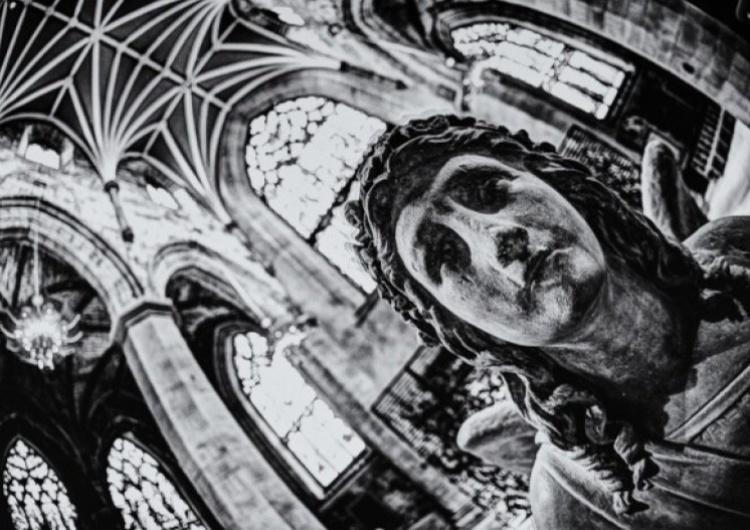église Appel à l'unité et à la solidarité des catholiques