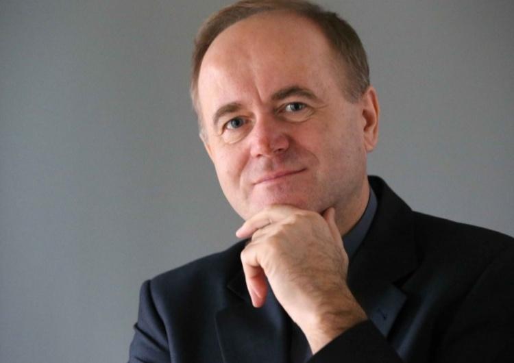 ks. prof. Andrzej Kobyliński [Tylko u nas] Ks. prof. A Kobyliński: Trzeba zatrzymać upadek wizerunku medialnego księży