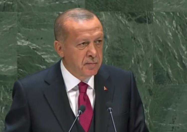 prezydent Turcji Recep Tayyip Erdogan Pielgrzymka papieża do Iraku a Turcja rozpoczyna militarną operację