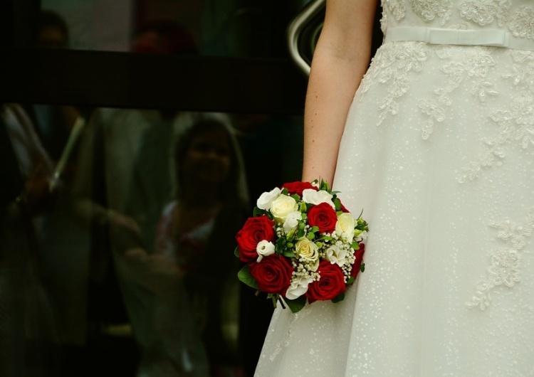 Ekspert: Pandemia odmieniła rynek branży ślubnej