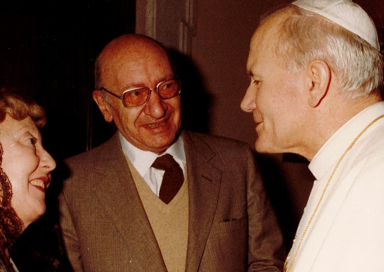 Simone et André Frossard et Jean-Paul II Chronique sur Jean-Paul II et les Français : André Froissard (1915-1995)