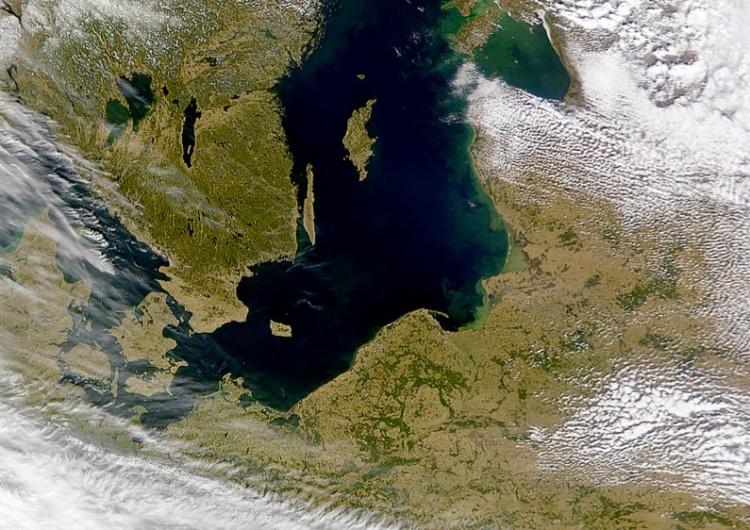Morze Bałtyckie, zdjęcie satelitarne [Tylko u nas] Grzegorz Kuczyński: Chiny szpiegują nad Bałtykiem. Jest już wyrok za zdradę