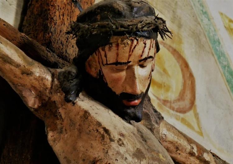 Jezus Chrystus [Tylko u nas] Dr Brzeski: Polewanie wodą na mrozie. Bicie. Tortury. Wyrywanie Chrystusa z korzeniami