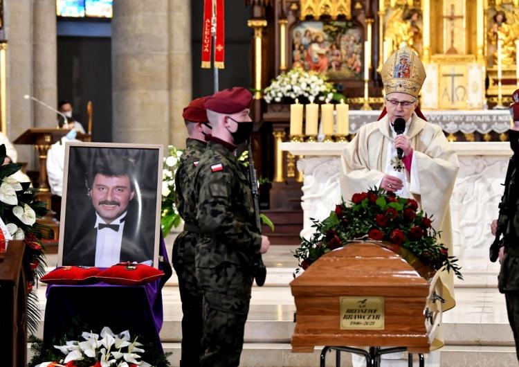 Ostatnie pożegnanie Krzysztofa Krawczyka. Prezydent: Nigdy nie zapomnimy jego silnego, tak bardzo polskiego głosu