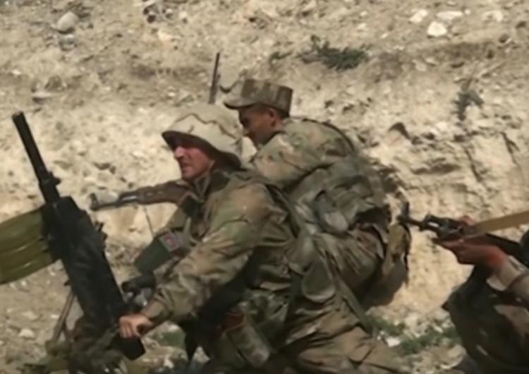 walki o Górski Karabach Premier Armenii rezygnuje. Obwinia się go za kapitulację w wojnie o Górski Karabach