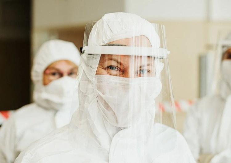 """""""S"""" apeluje o dodatki dla pracowników niemedycznych w szpitalach covidowych"""