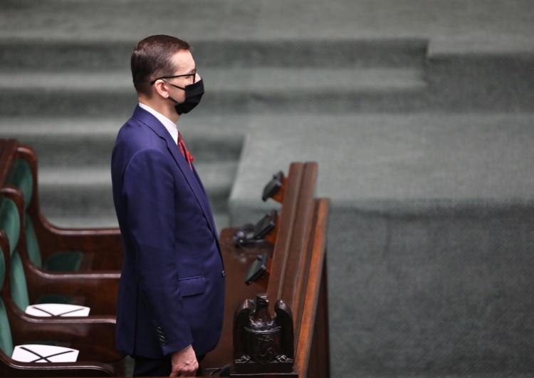premier Mateusz Morawiecki Ważą się losy miliardów. W parlamencie dziś najważniejsze głosowanie od lat