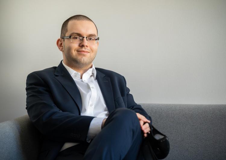 [Nasz wywiad] Piotr Mazurek,  Pełnomocnik Rządu ds. Polityki Młodzieżowej: Pandemia przewartościowała wiele problemów