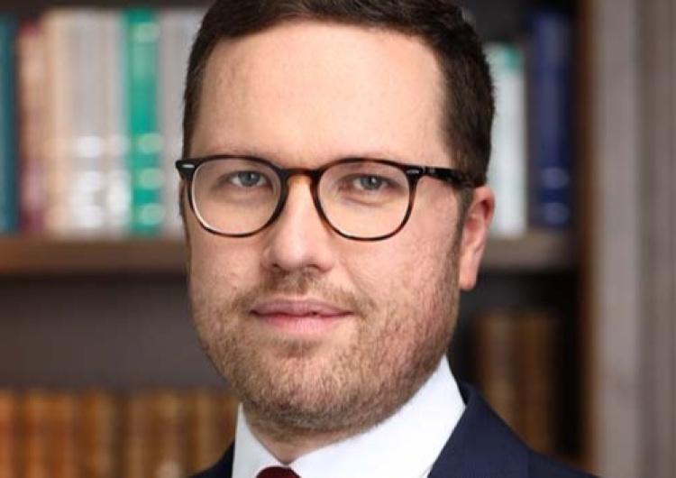 dr Tymoteusz Zych OKO.press atakuje wiceszefa Ordo Iuris. Dr. Tymoteusz Zych: Jeśli nie sprostują, będę bronił dobrego imienia w sądzie