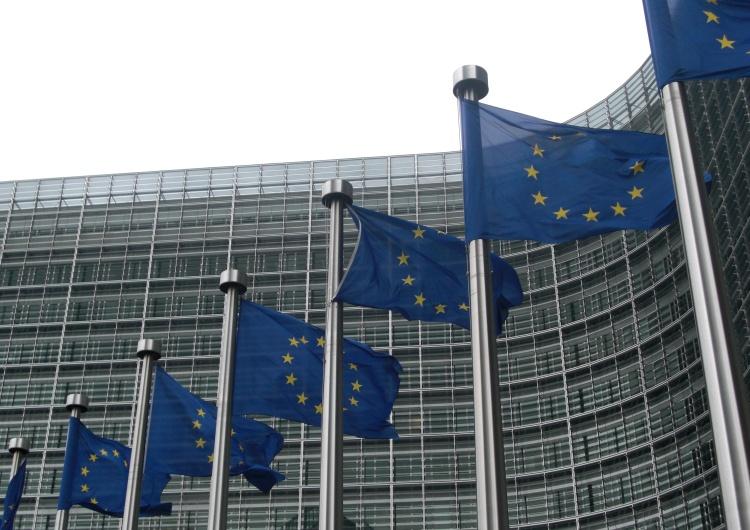 Siedziba Komisji Europejskiej Pilne! KE wszczyna dochodzenie przeciwko Facebookowi
