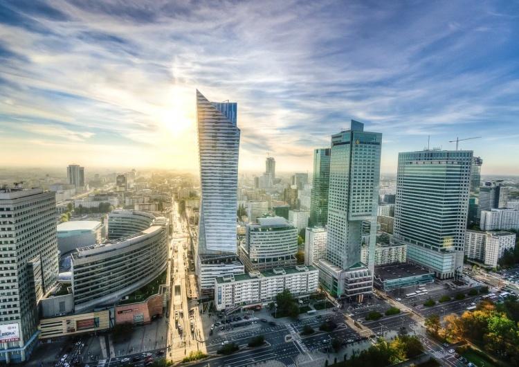 Warszawa, wieżowce Ekonomista: