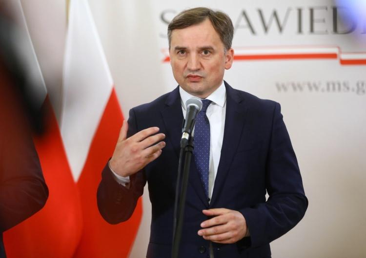 Minister Sprawiedliwości i Prokurator Generalny Zbigniew Ziobro Ziobro: Mamy dziś problem z demokracją i praworządnością, ale nie w Polsce, a w Unii