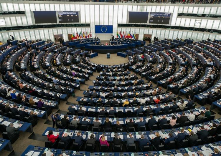 Parlament Europejski, zdjęcie ilustracyjne Europosłowie opozycji poparli rezolucję uderzającą w Polskę.