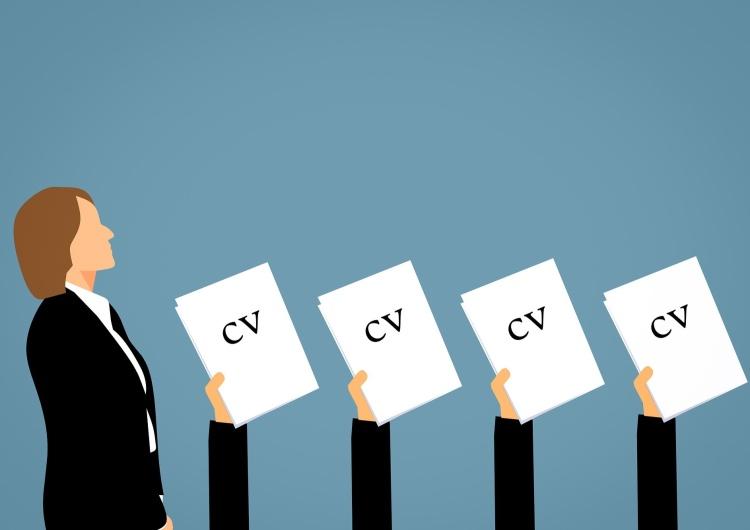 Zdjęcie ilustracyjne Ekonomiści: Największe wyzwanie dla firm? Zatrudnienie. Największe zagrożenie? Inflacja