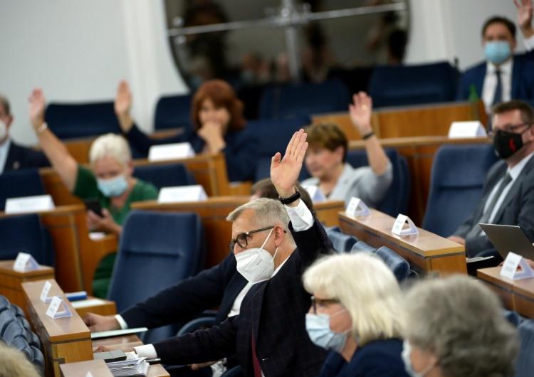 Senat wyraził zgodę na nowego Rzecznika Praw Obywatelskich. Gorące komentarze internautów