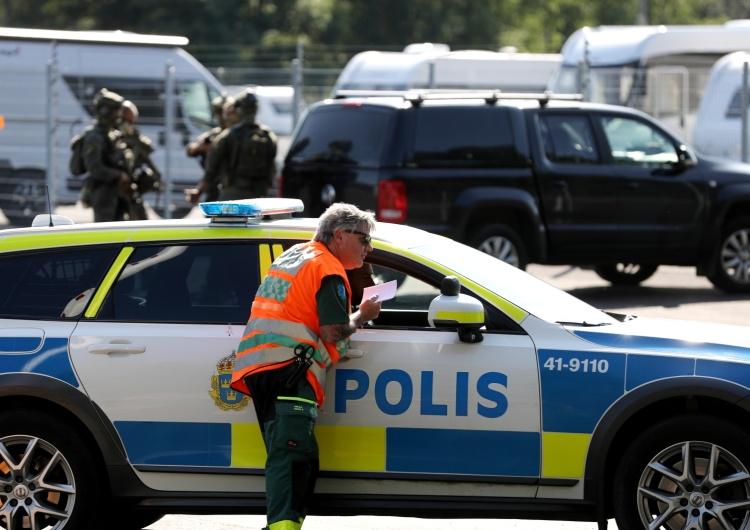 Szwecja: Dwoje strażników zakładnikami więźniów. Osadzeni żądają helikoptera i pizzy z mięsem kebab