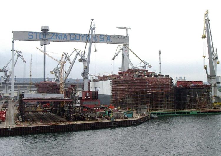 """""""S"""" chce pomóc byłym pracownikom stoczni w Gdyni"""