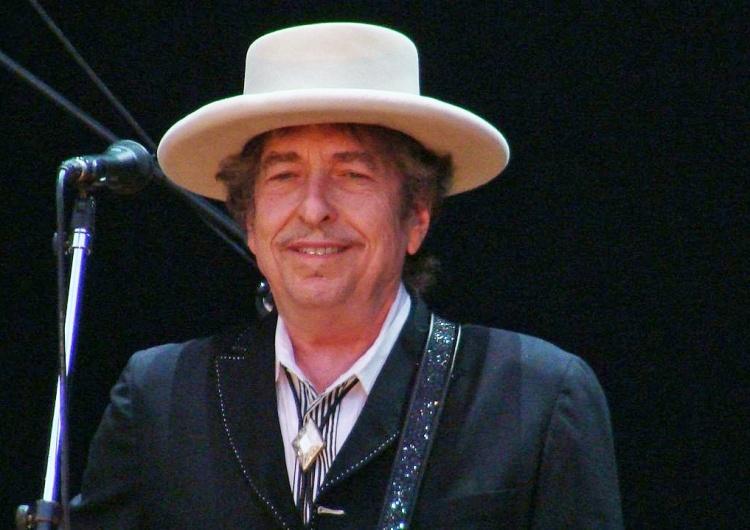 Piosenkarz Bob Dylan oskarżony o seksualne wykorzystanie 12-latki