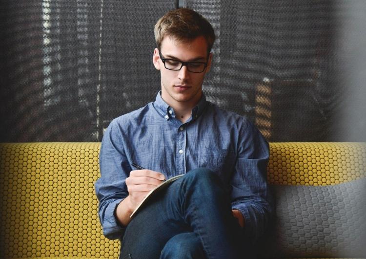 Dlaczego młodzi ludzie powinni poprzeć emerytury stażowe? Odpowiada prof. Zieleniecki