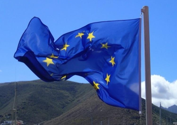 Flagi Unii Europejskiej, zdjęcie ilustracyjne / Flickr.com/Klaas Brumann/Domena Publiczna Źródła PAP: Polska zablokowała projekt oświadczenia ministrów spraw wewnętrznych UE