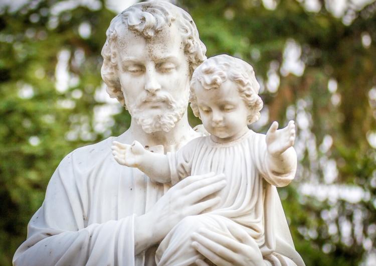 Święty Józef z Dzieciątkiem Narodowe Rekolekcje  zaktem zawierzenia Świętemu Józefowi