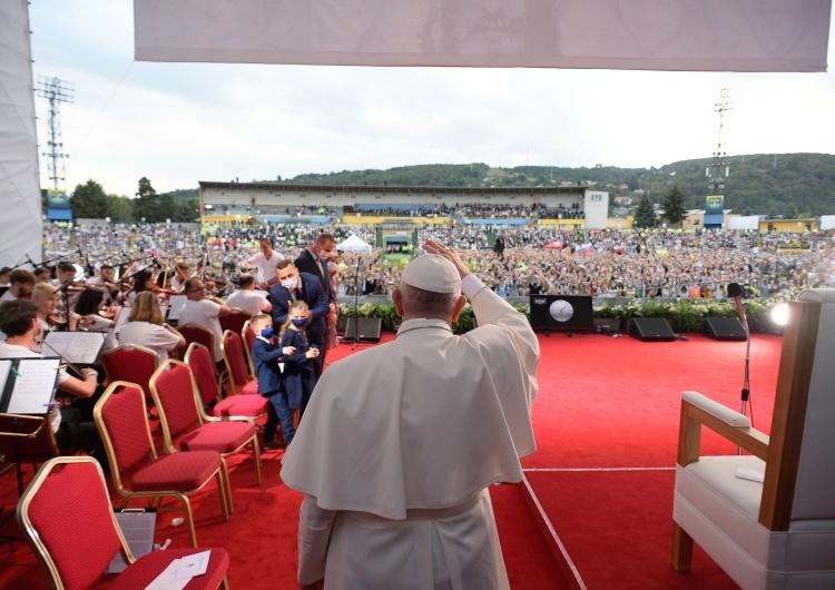 Papież Franciszek Papież na Słowacji: Aby życie było wspaniałe potrzebne są miłość i heroizm