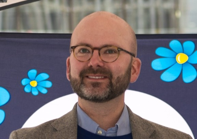 Charlie Weimers [VIDEO] Ciekawe. Szwedzki europoseł: UE finansowała Instytut w Wuhan. Celem była produkcja wirusów