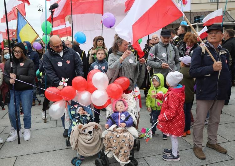 Narodowy Marsz Życia i Rodziny [Nasz Patronat] Wojownicy Maryi, Klepacka, Pospieszalski... Tak było na Narodowym marszu Życia i Rodziny